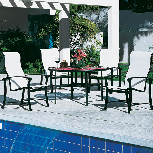 Ovation Sling Patio Set by Tropitone