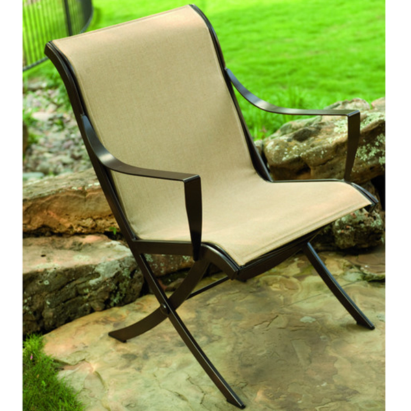 High Quality Wrought Iron Patio Furniture Utilizes An Epoxy Or Zinc Primer  To Inhibit Rust
