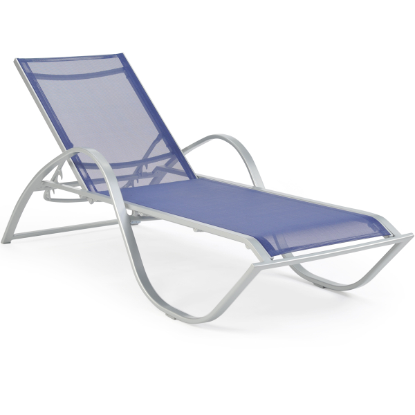 Outdoor Chaise Lounges For The Pool Or Patio