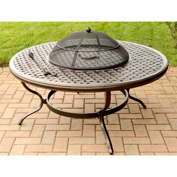 30 Awesome Patio Furniture Sets with Fire Pit
