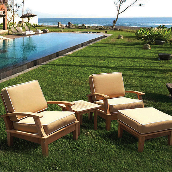 Teak Patio Furniture Requires Little Attention Care Maintenance - Teak patio table with leaf