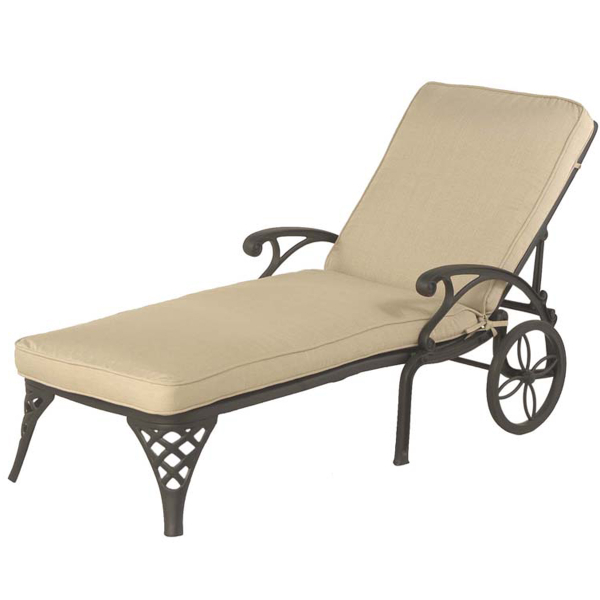 Newport Chaise Lounge by Hanamint
