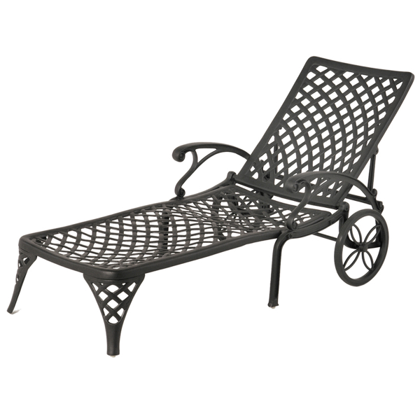 Newport chaise lounge by hanamint family leisure for Cast iron chaise lounge