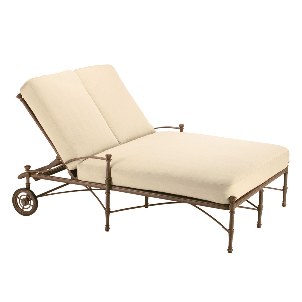 Toledo double chaise lounge by woodard landgrave family for 2 person chaise lounge indoor