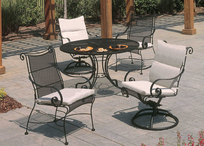 Patio Room Furniture on Meridian Wrought Iron Dining Patio Furniture By Meadowcraft   Family