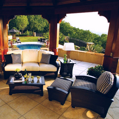 Enjoy the Luxury of the Best that Patio Furniture has to Offer.