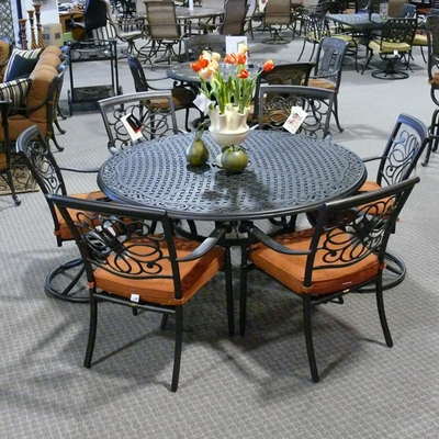 Patio Furniture on Step Up To Luxury With A Patio Set From The  Select  Line Of Agio