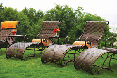 Wrought Iron Patio Chairs on The Wyndham Wrought Iron Patio Furniture By Meadowcraft   Family